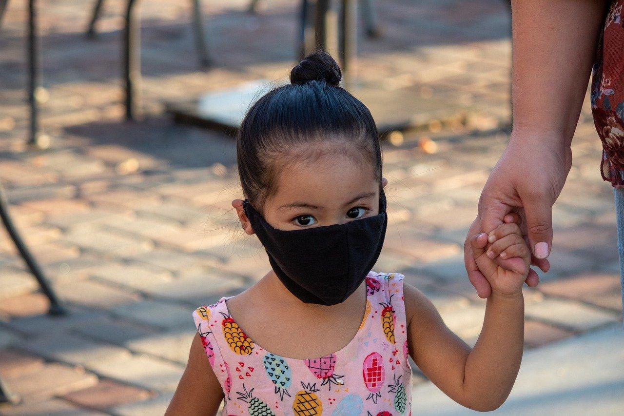 Lo que sabemos acerca de los niños y el COVID-19