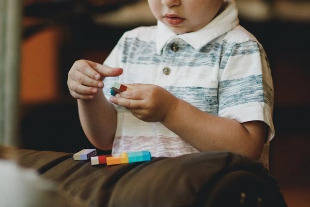 Como ayudar a los niños a calmarse