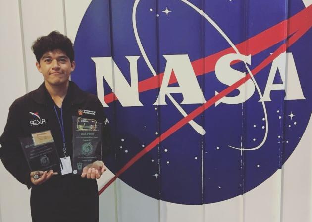 Estudiante mexicano propone vivir en una luna de Jupiter